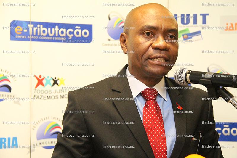 Clement Isikwe - Presidente do Conselho executivo da UBA