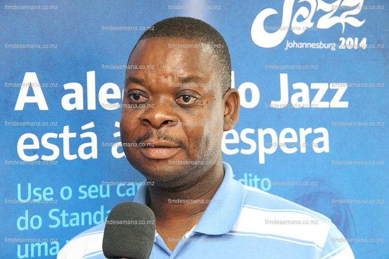 Juliao Chaicomo Mucavele  vencedor da campanha cartoes de credito Joy of Jazz