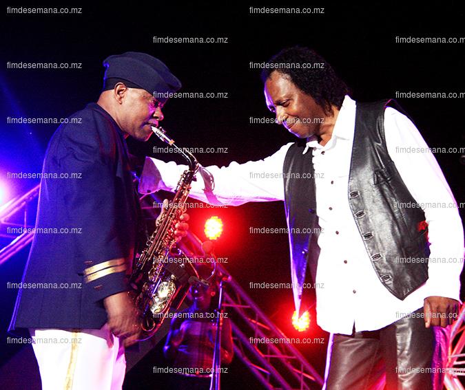 Otis e Pedro Ben em concerto