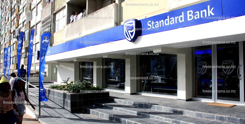 Parte frontal do Standard Bank reabilitado 1