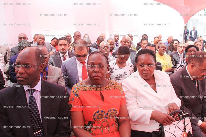 Participantes na cerimónia de inauguração da nova sede da CTA