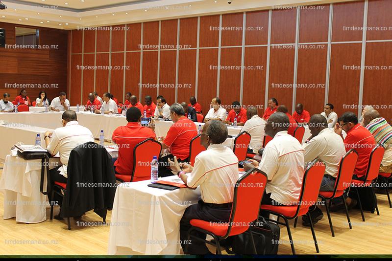 Participantes na reunião de reflexão estratégica da CTA