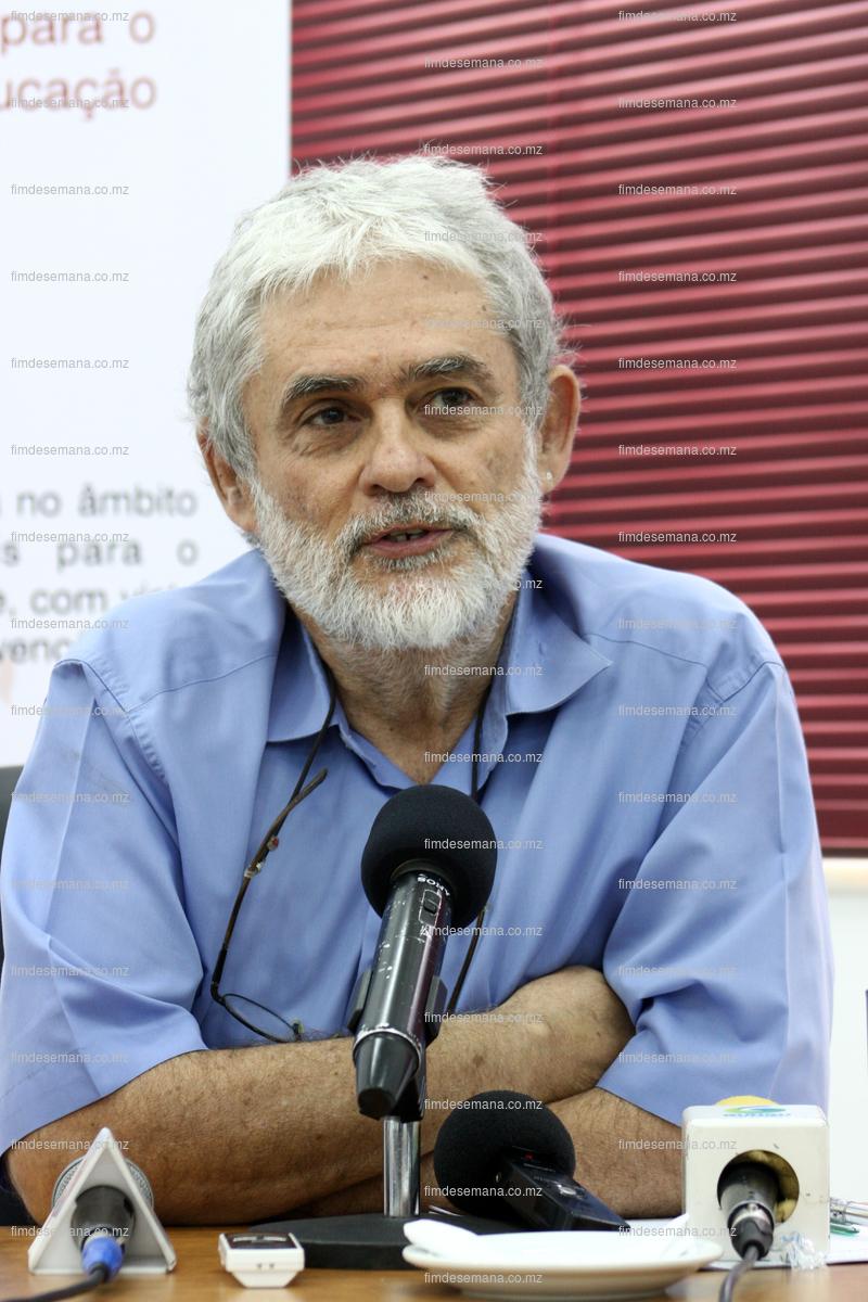 Prof. Doutor João Mosca