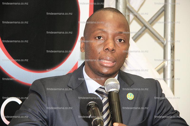 Zófimo Muiuane - Chefe do Departamento de Marketing da mcel
