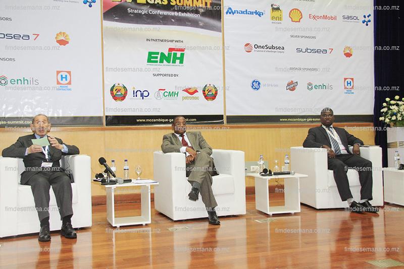 Convidados que presidiram a abertura da Cimeira Mozambique Gas Summit