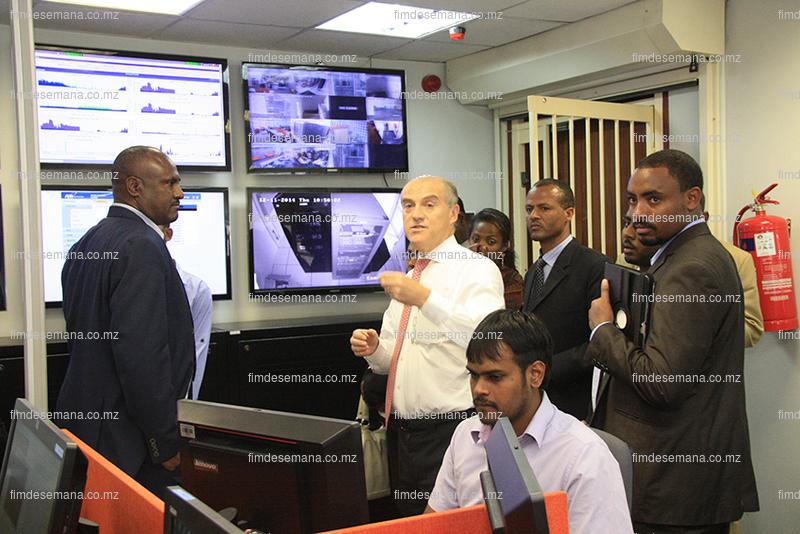 Delegação da Etiópia visitando o Centro de Operações da MCNet 1