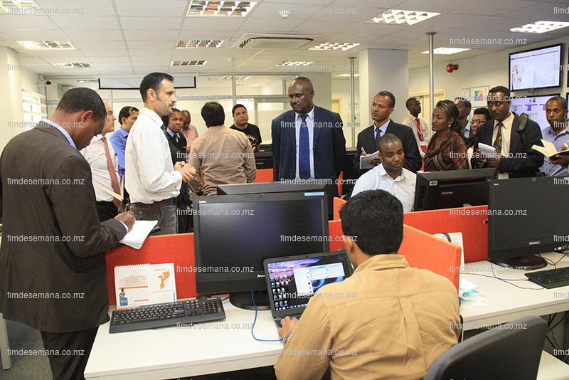 Delegação da Etiópia visitando o Centro de Operações da MCNet 2