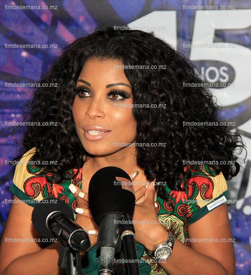Neyma Alfredo - cantora moçambicana