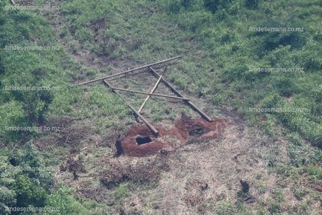 Pórticos a serem colocados em substituição das torres destruídas pelas cheias em Mocuba