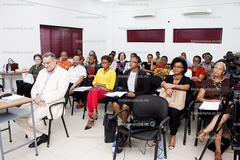 Membros do Conselho Directivo presentes no encontro