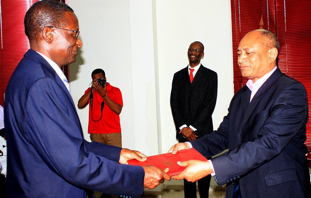 Narciso Matos no acto da tomada de posse como Pró-Reitor para o Desenvolvimento Instituicional 1
