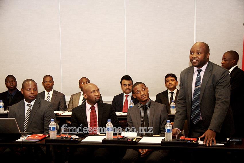 Participantes no encontro com a delegação empresarial do Quénia