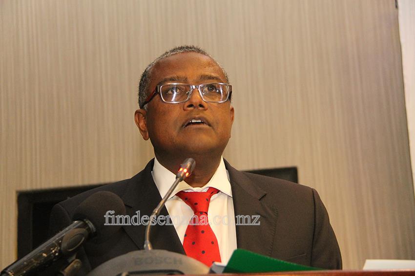 Omar Mithá - Vice-Ministro da Indústria e Comércio 1