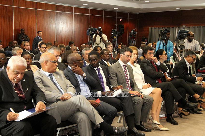 Participantes da Conferência da CE-CPLP