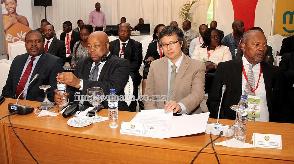 Participantes no Lançamento do Plano Estratégico de Desenvolvimento da Província de Maputo 1