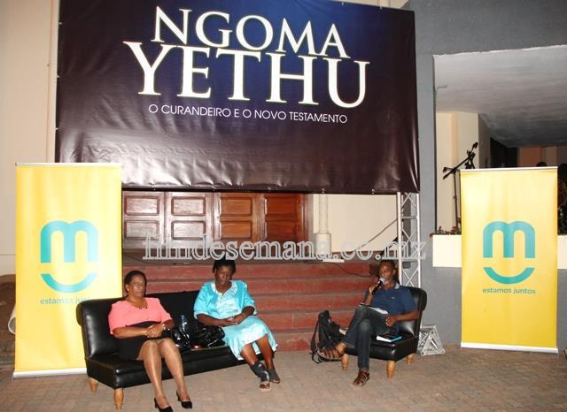 Painel que conduziu a cerimónia de lançamento do livro NGOMA YETHU de Paulina Chiziane e Mariana Martins