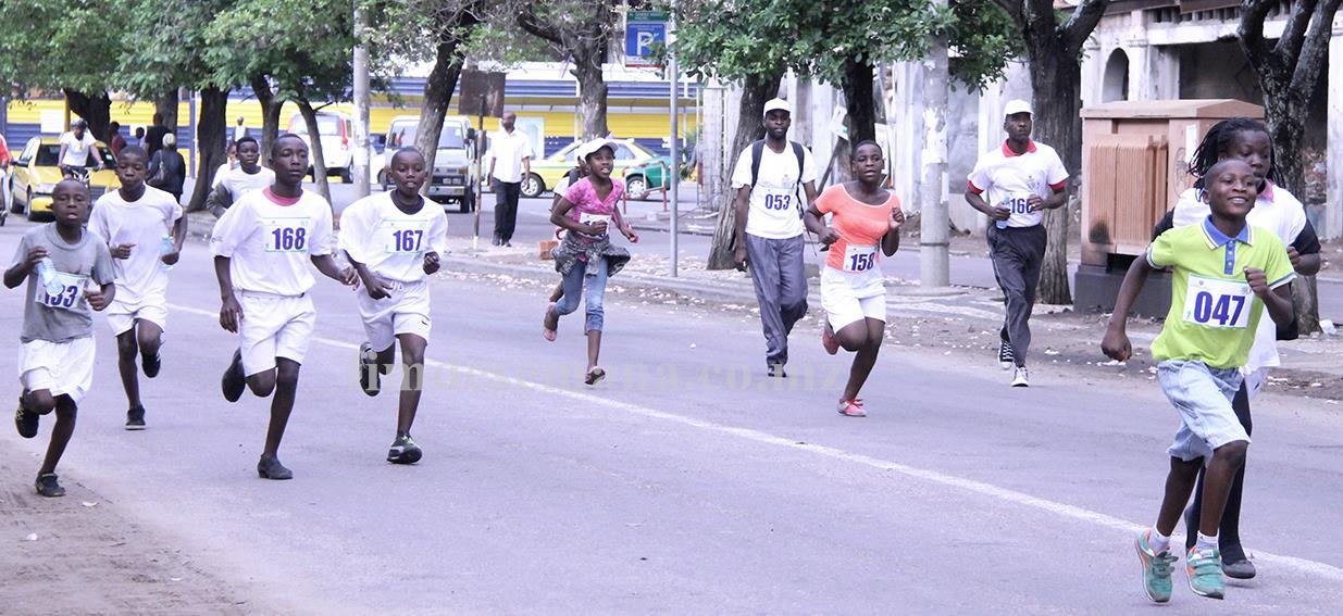 Corrida juntos contra a fome nutrição é desenvolvimento
