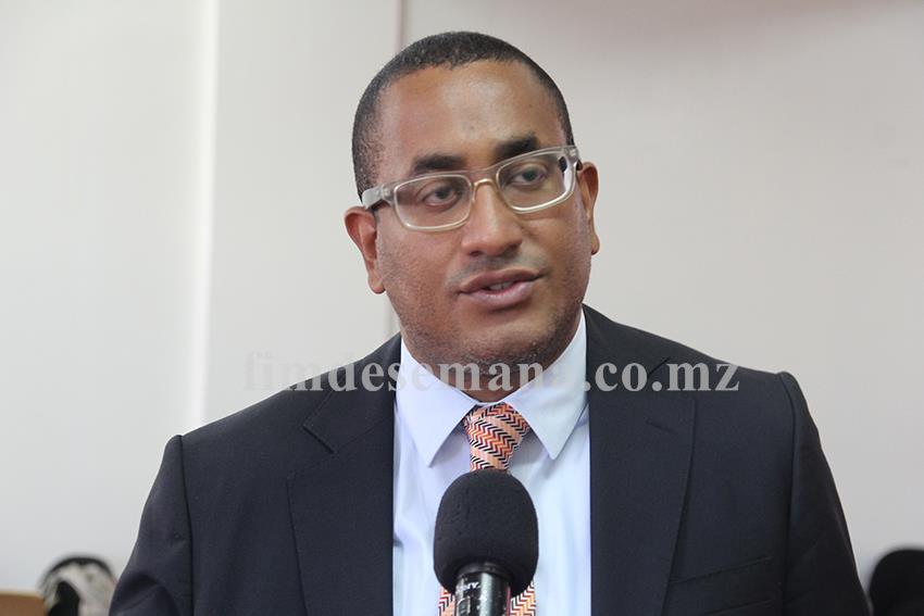 Ivan Collinson Director do Conselho Nacional de Exames Certificação e Equivalências