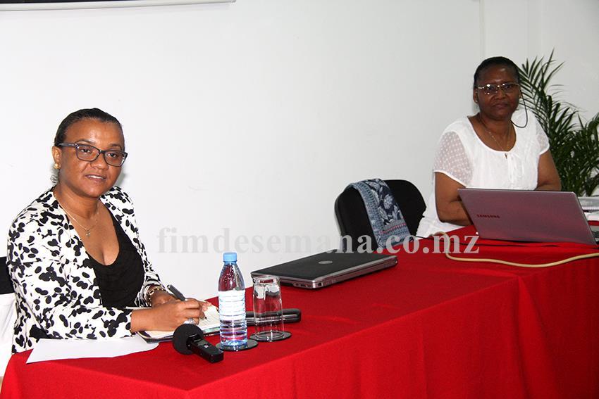 Mesa que presidiu a palestra sobre o papel da Corporate Governance no Desempenho das Empresas do Estado