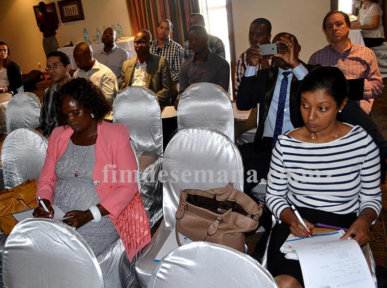 Participantes no Seminário Certificações de Empresas metas e desafios