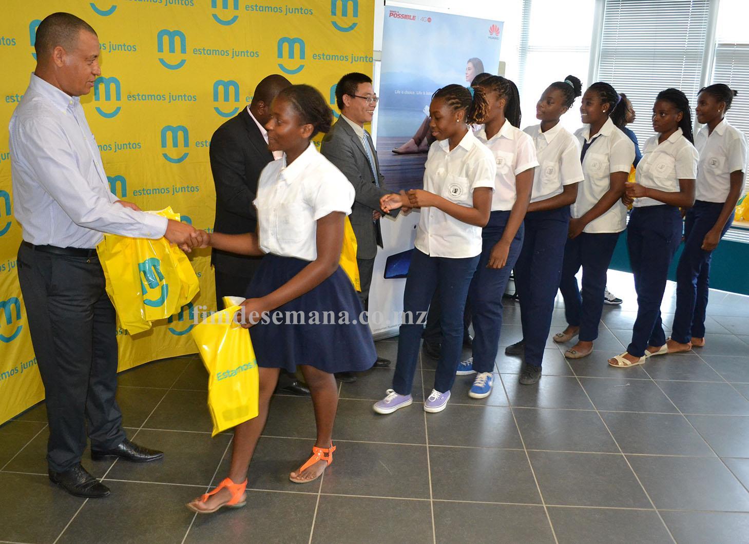 Equipa da Escola Secundária Josina Machel Campeã em femininos