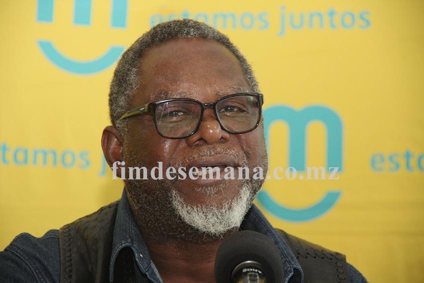 José Mucavele músico