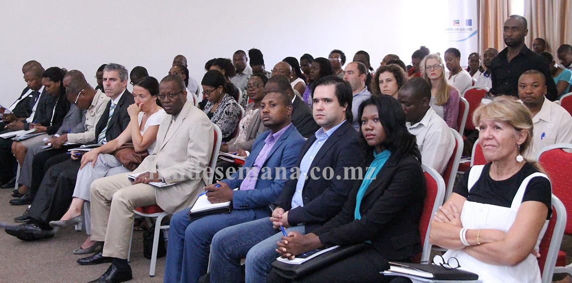 Participantes no Seminário alusivo ao Dia Mundial da Qualidade