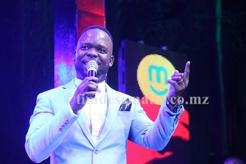 Participação do Mr Bow no show de lançamento do novo álbum da banda Ghorwane