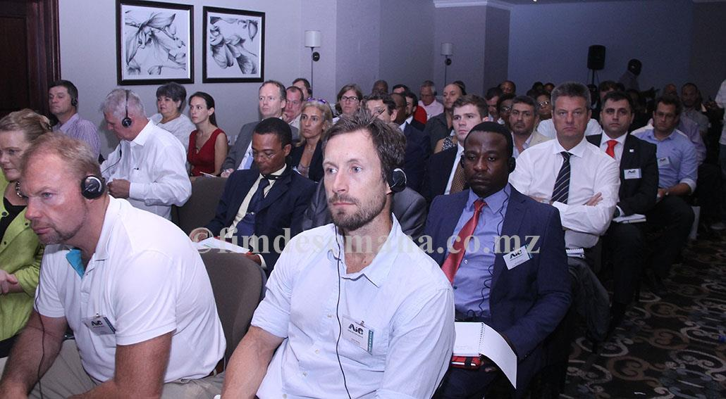 Participantes no Fórum de Negócios para discutir Mecanismos de Exploração e Potencialidades Existentes na Bacia do Ruvuma