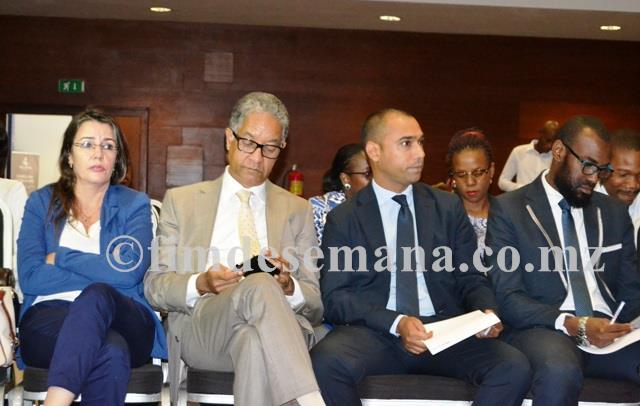 Convidados presentes na cerimónia de apresentação oficial da candidatura de Flávio Menete
