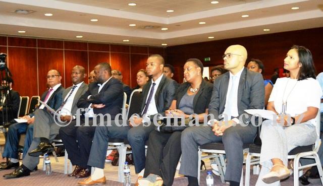 Convidados presentes na cerimónia de apresentação oficial da candidatura de Flávio Menete 2