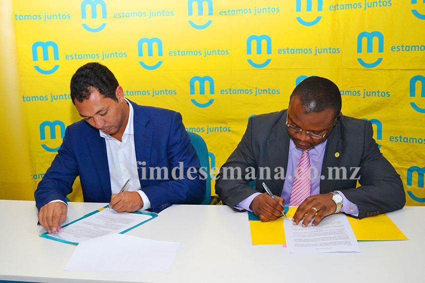 Assinatura de contrato entre mcel e Grupo Desportivo de Maputo