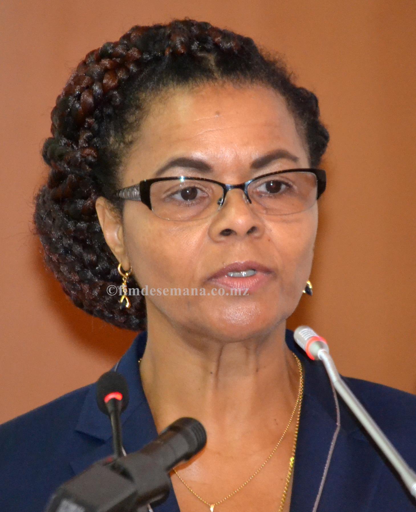 Manuela Rebelo Vice ministra dos Transportes e Comunicações