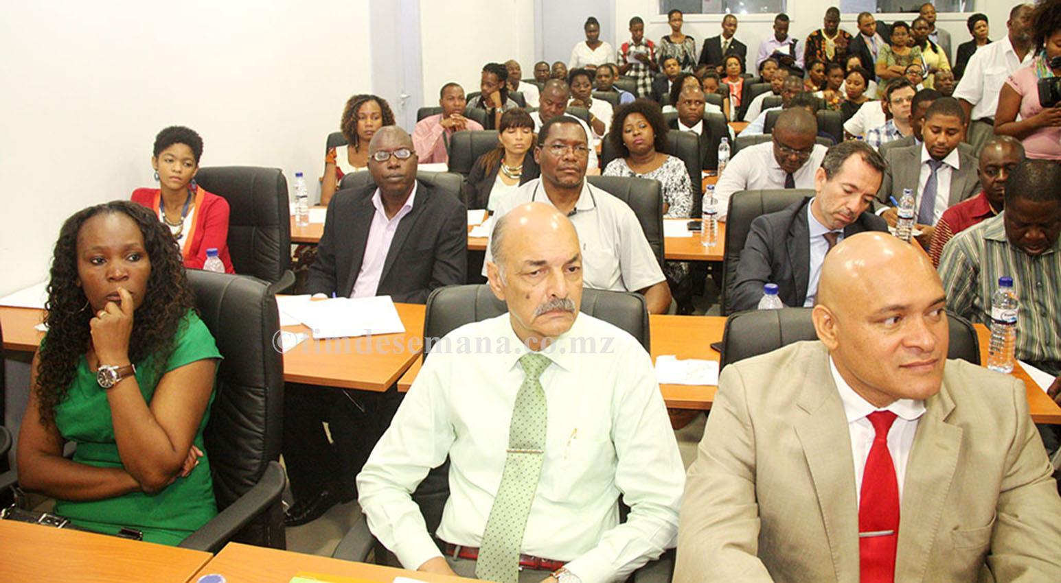 Participantes no lançamento do Sistema de Gestão Folha Relação Nominal