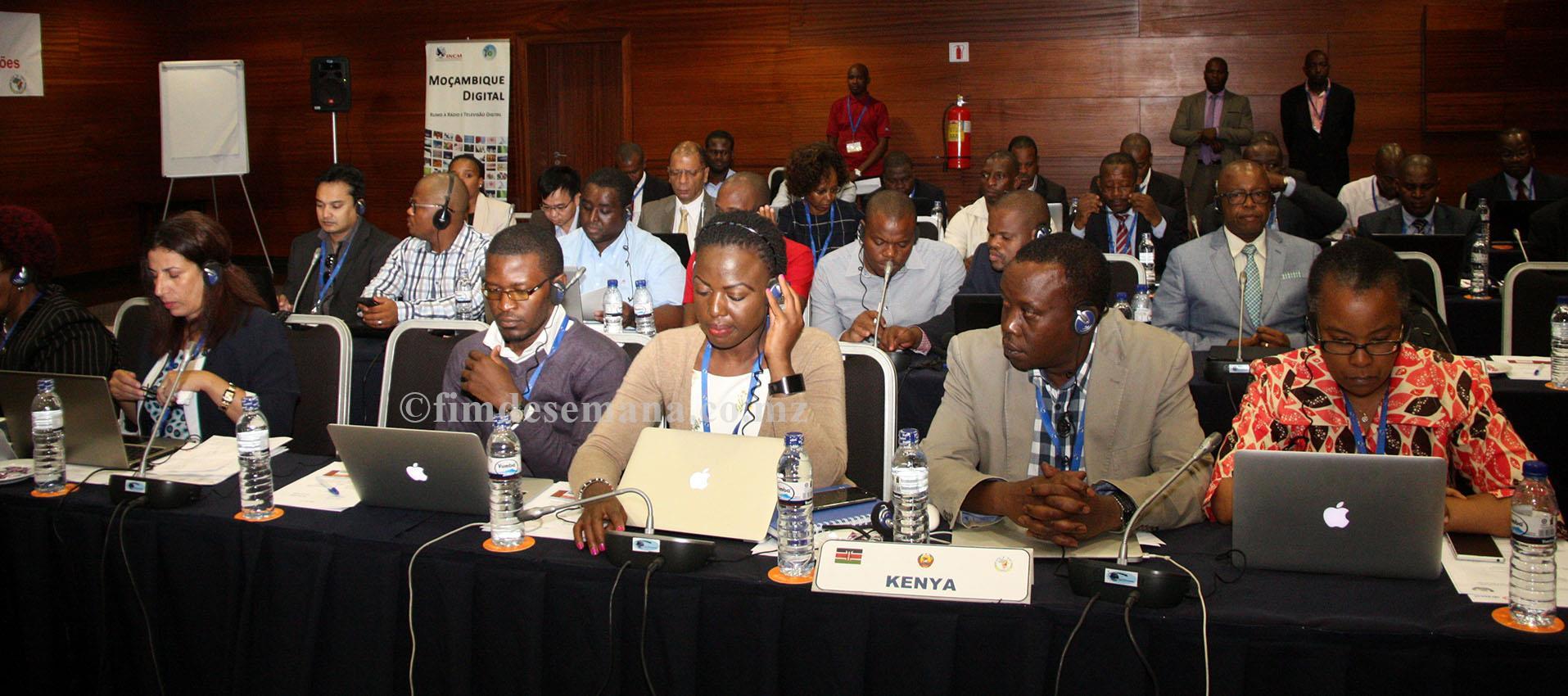 Participantes na segunda Reunião da União Africana de Telecomunicações