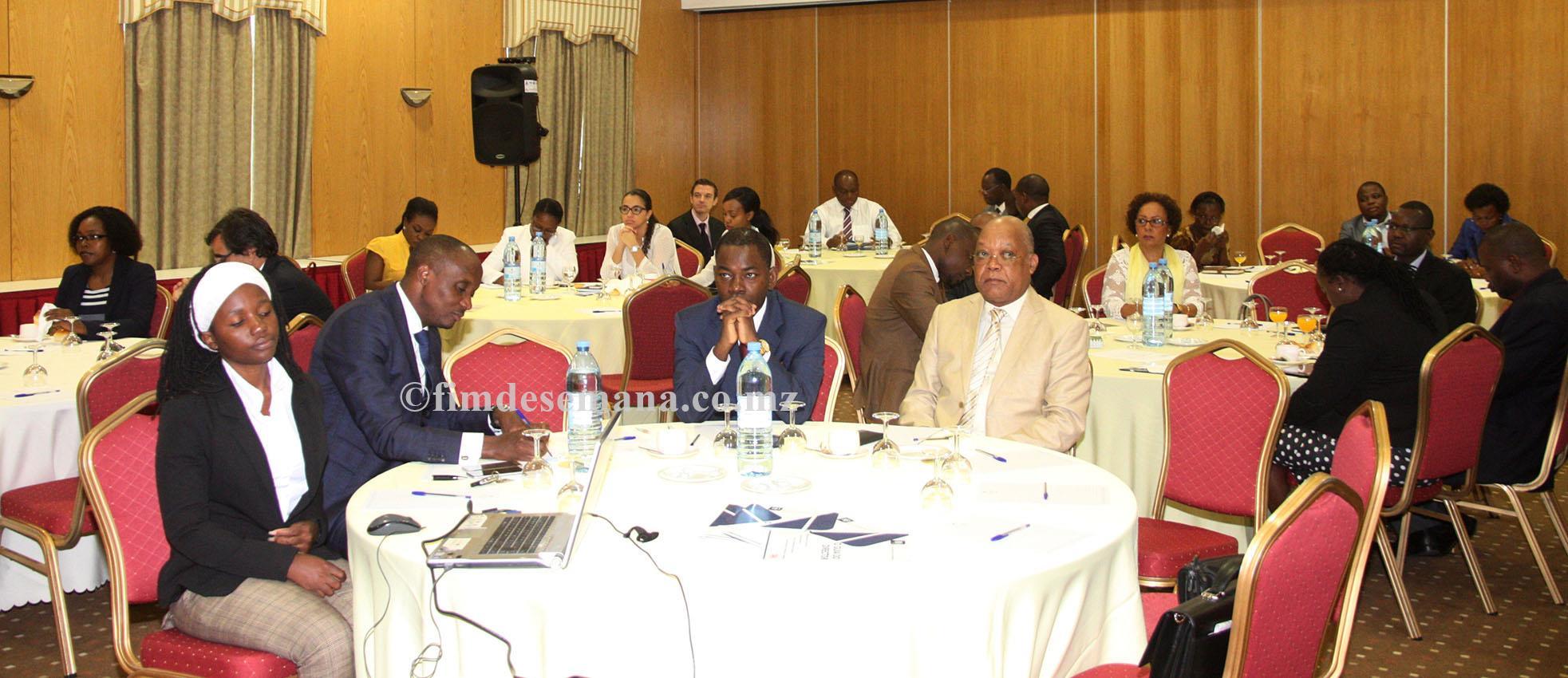 Participantes no encontro do Instituto de Directores de Moçambique