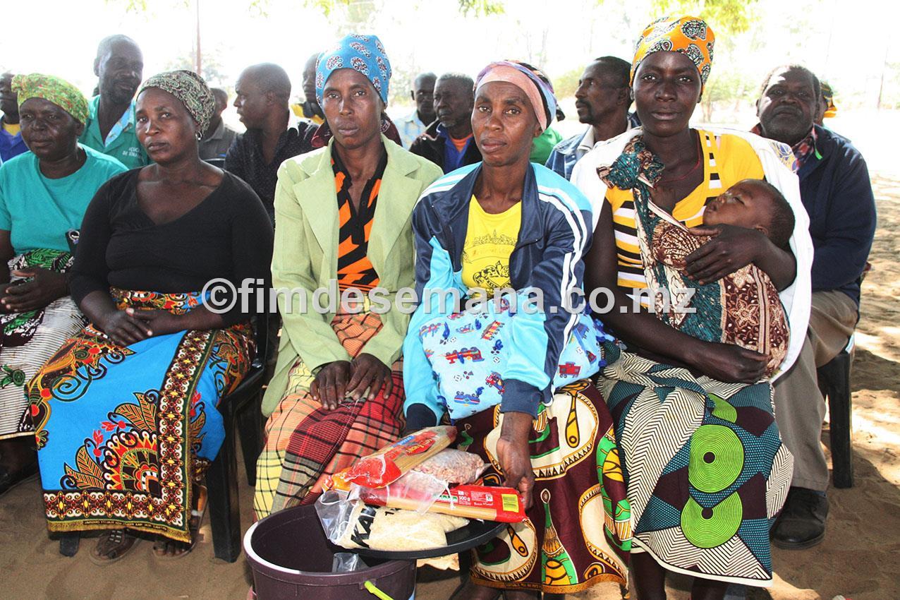 Beneficiários das cestas básicas no distrito da Moamba