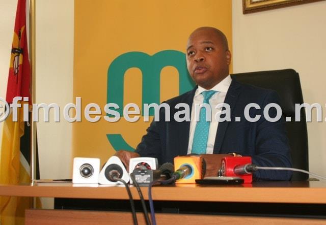 Ministro da Juventude e Desportos Alberto Nkutumula