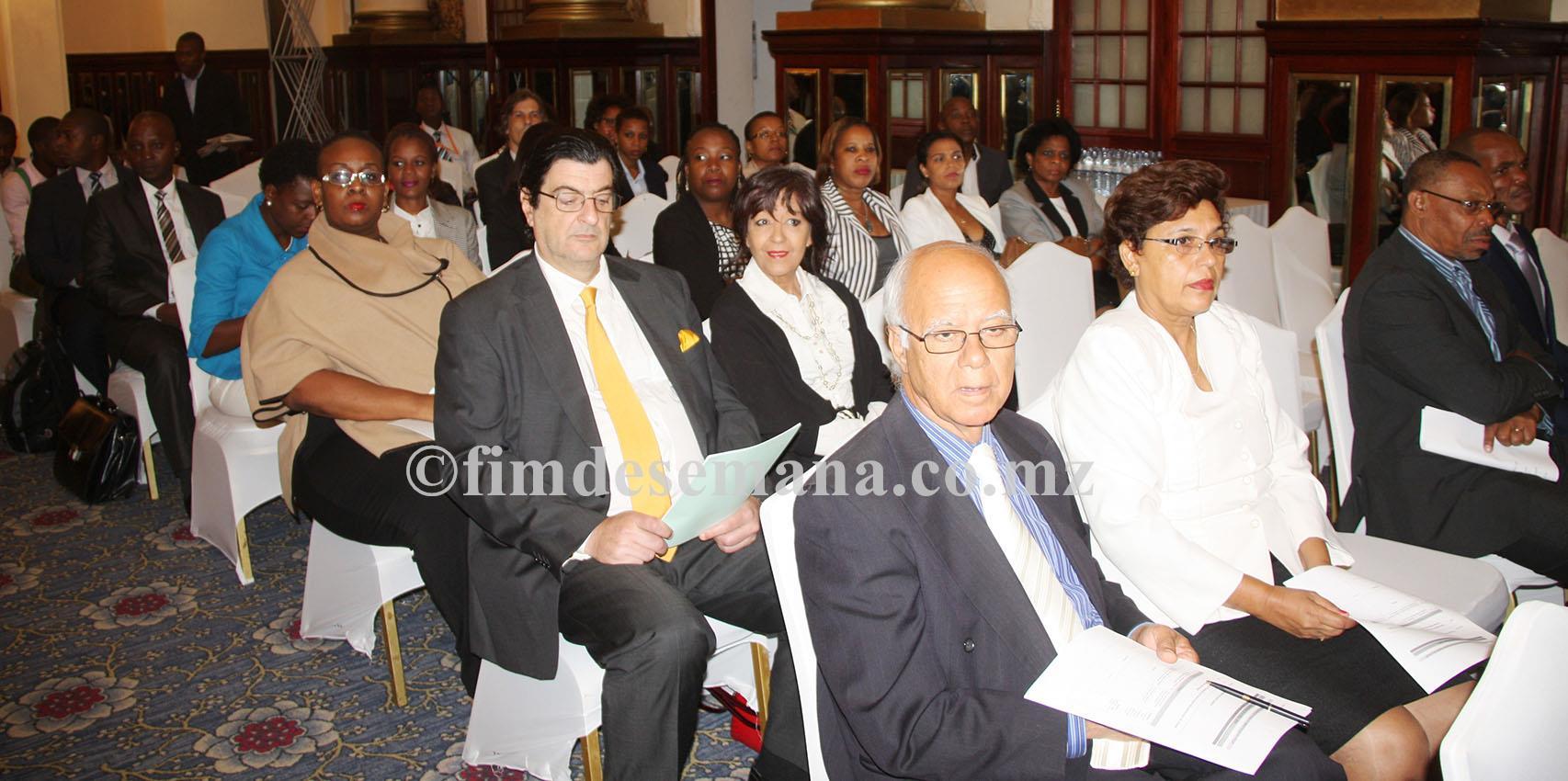 Participantes no Seminário sobre Crime Organizado os desafios dos orgãos de administração da Justiça 1