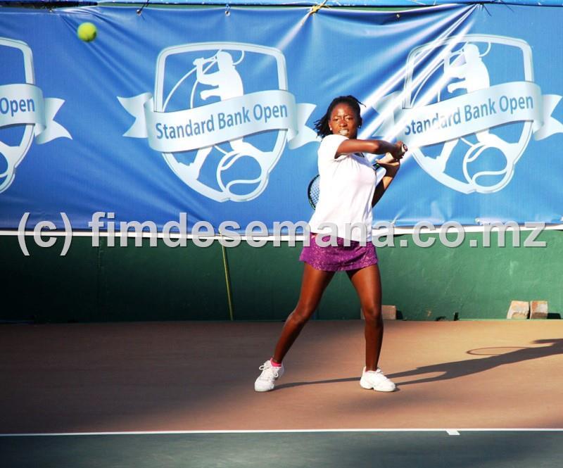 Cláudia Sumaia vencedora Singulares Senhoras Pro Standard Bank Open