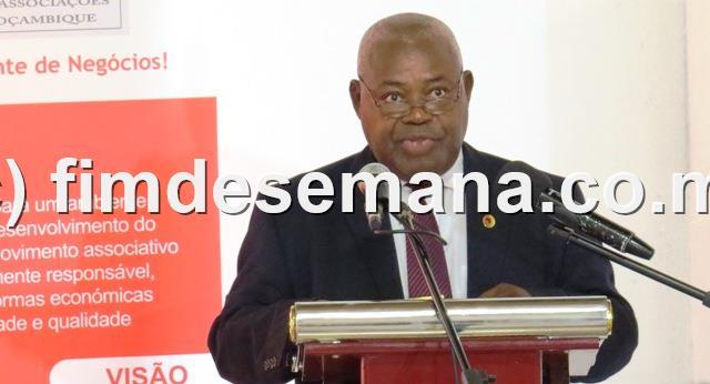 Lucas Fernando Director Provincial de Educaçao e Desenvolvimento Humano