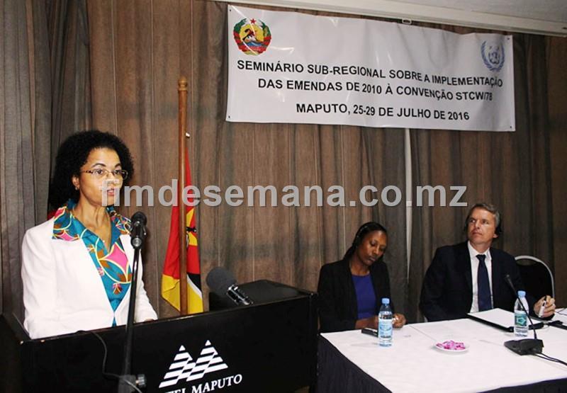 Intervençao da vice ministra dos transportes e comunicaçoes Manuela Rebelo