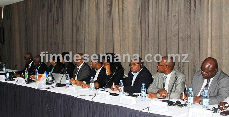 Parte dos delegados presentes no seminário