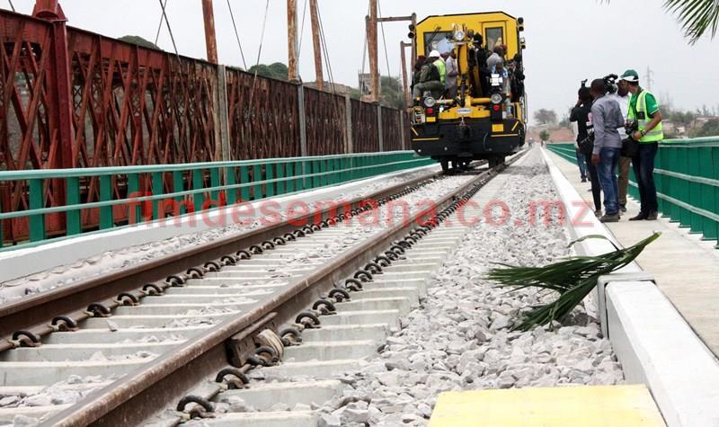 Nova ponte ferroviária sobre o Rio Umbelúzi
