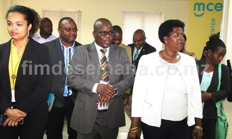 Visita dos deputados da Assembleia da República à sede da mcel