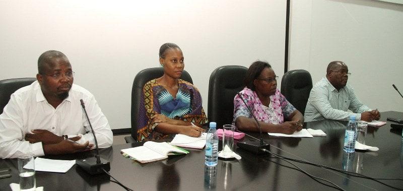 Mesa que presidiu a palestra sobre liberdade de expressão em tempos de violência