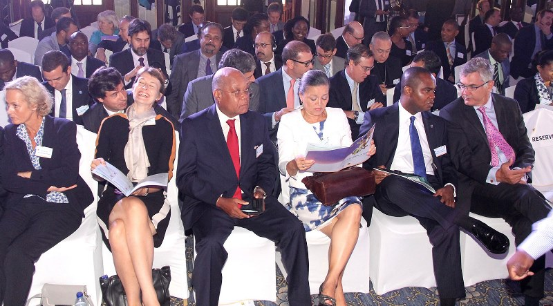 Participantes na abertura da cimeira Financial Times