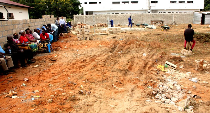 Espaço onde será construída a Direcção Distrital do INSS de KaMubukwane