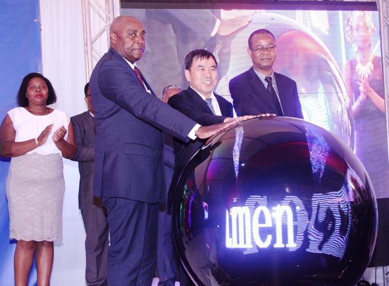 Acto simbólico de lançamento do Projecto de Migração Digital em Moçambique