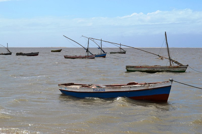 Barcos de pescadores na Costa do Sol